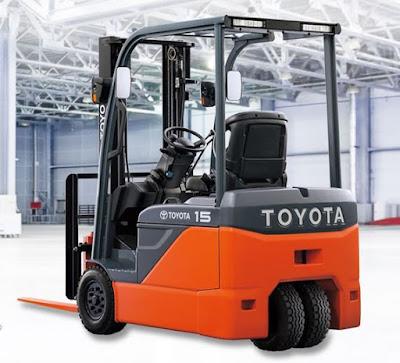 Xe nâng điện 3 bánh Toyota 8FBE 0934172768
