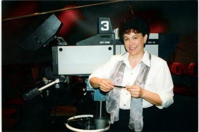 Гид в Израиле Светлана Фиалкова, в прошлом - телевизионный журналист. В студии ТВ.