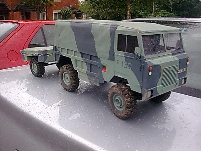 rc land rover 101 rc tank warfare. Black Bedroom Furniture Sets. Home Design Ideas