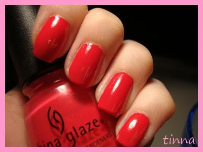CHINA GLAZE - HELI -YUM & ESSENCE  PLATE
