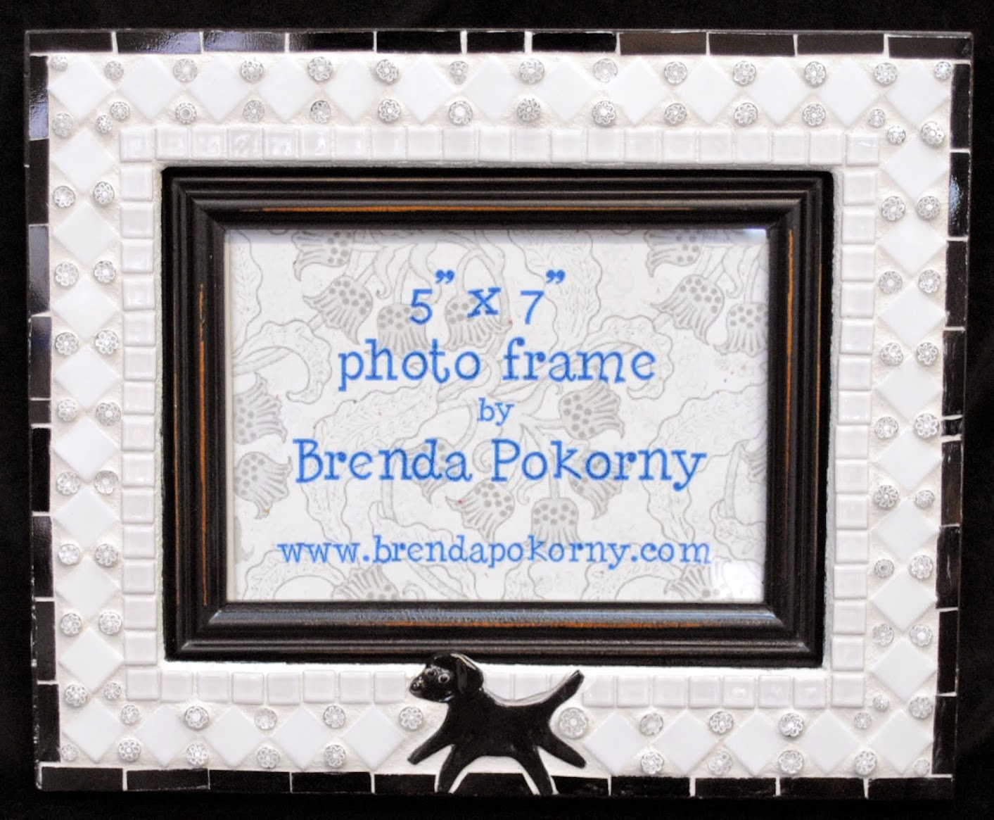 Black Lab in the Snow Mosaic Photo Frame MOF1425