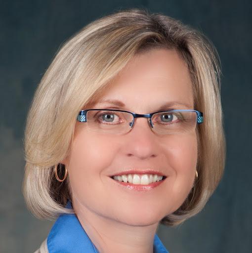 Lisa Pratt