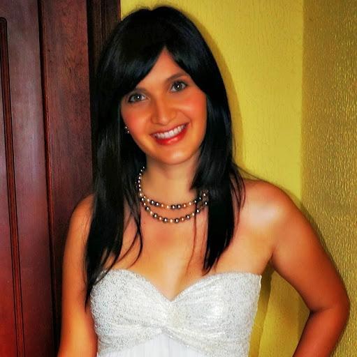 Mayra Rueda Photo 11