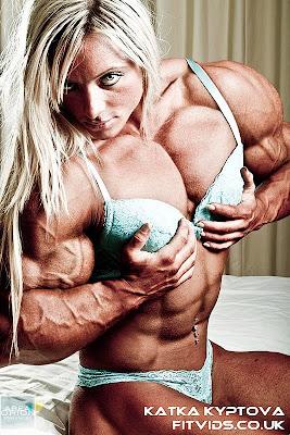 Katka Kyptova muscle morph