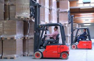Xe nang hang Linde Forklift