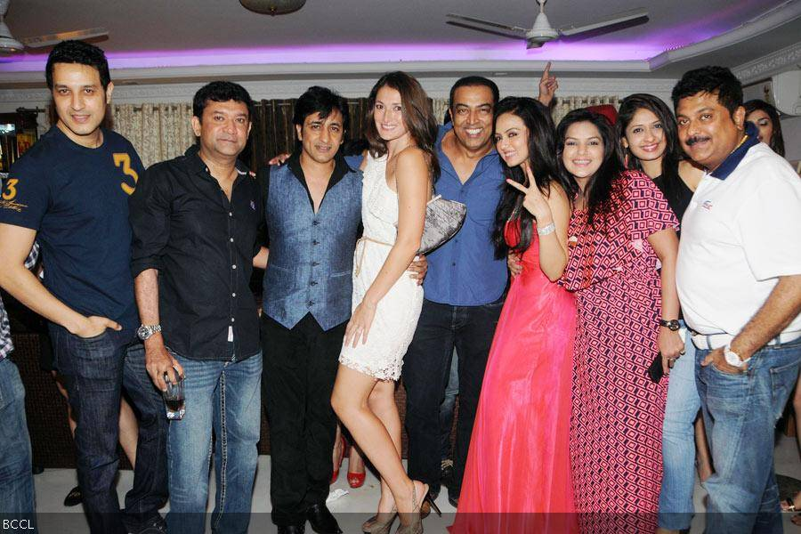 Sana Khan poses for a photo with her friends during her 26th birthday celebrations in Mumbai on August 21, 2013. (Pic: Viral Bhayani)