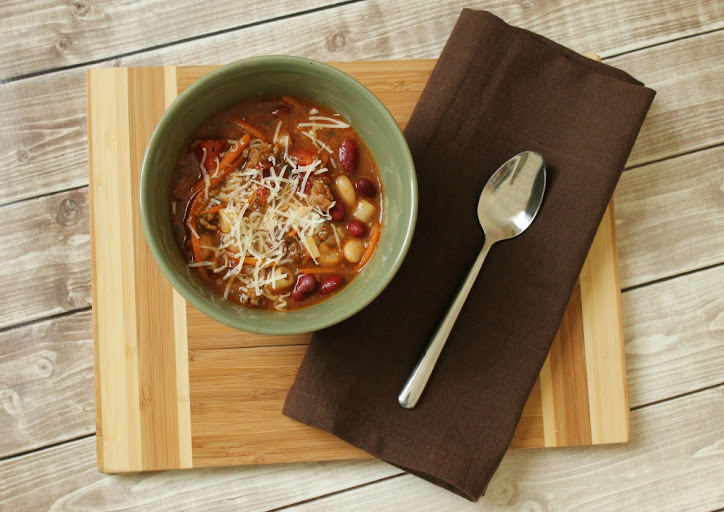 Slow Cooker Minestrone Recipe #CansGetYouCooking