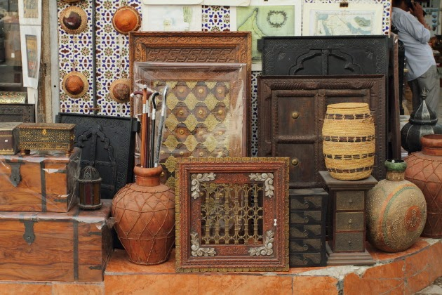 Traditional souvenirs for sale at Mattrah Souk, Muscat, Oman
