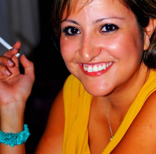Profils Dina Has   Facebook