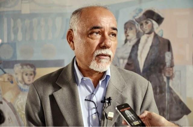Professor Francisco das Chagas Fernandes é o mais cotado para assumir Secretaria da Educação do RN
