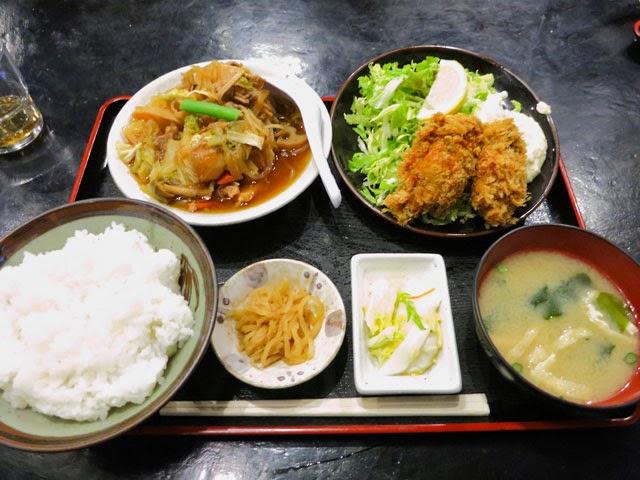 カキフライ肉豆腐定食