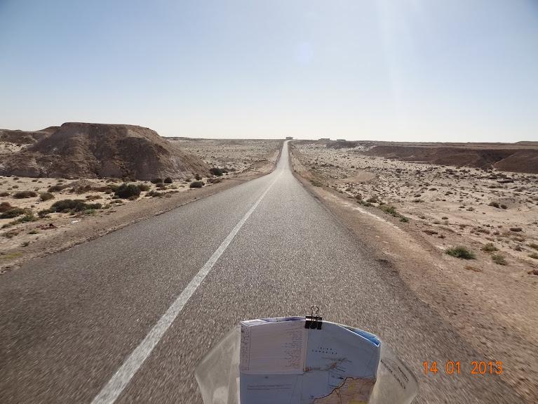 Marrocos e Mauritãnia a Queimar Pneu e Gasolina - Página 5 DSC05831