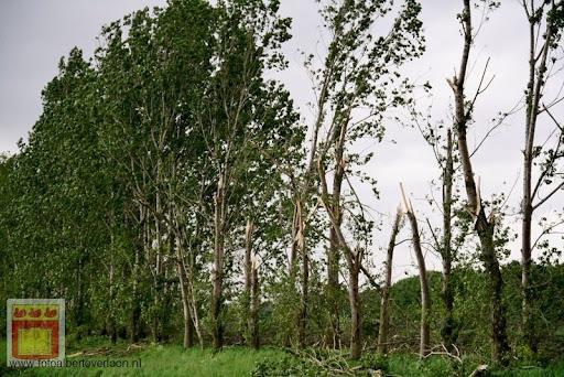 Noodweer zorgt voor ravage in Overloon 10-05-2012 (75).JPG