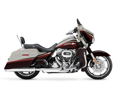 2011-Harley-Davidson-FLHXSE2-CVO-Street-Glide-a