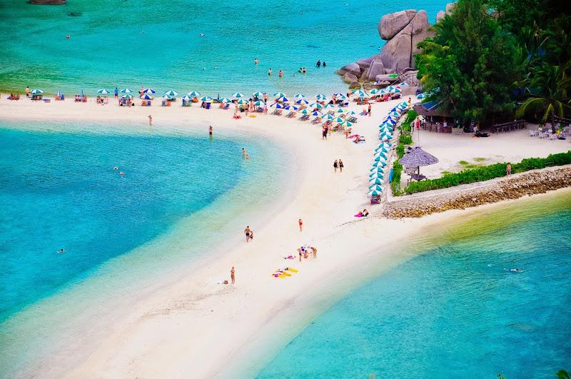 Beach on Nang Yuan Island