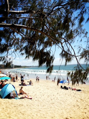 Natasha in Oz blogging from the beach #Mooloolaba
