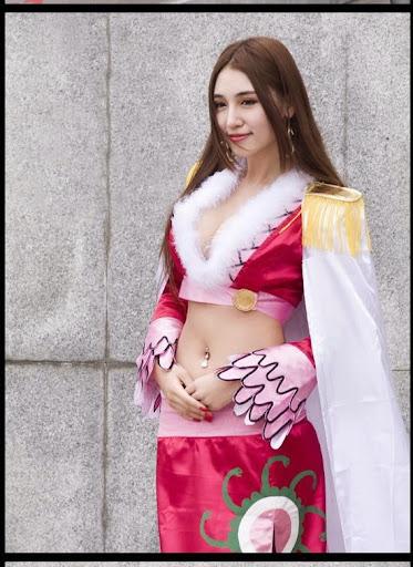 「陸版蛇姬」于芷晴E奶纖腰太美,網友驚呼:真人嗎?