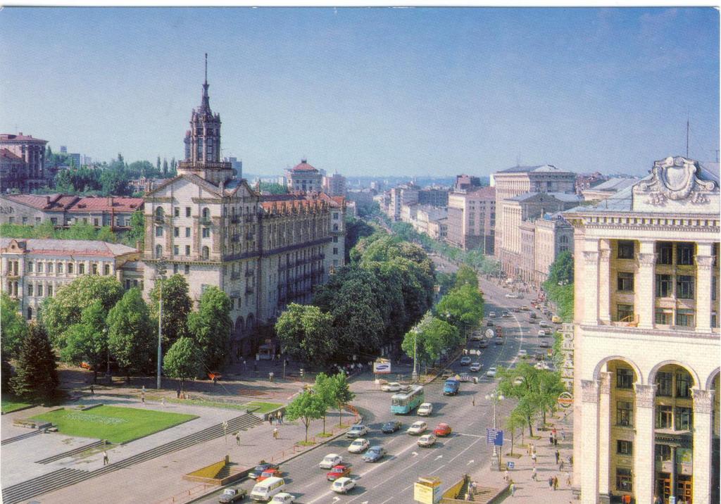 Майдан Незалежности 1986 год