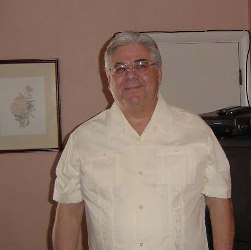 Larry Lopez