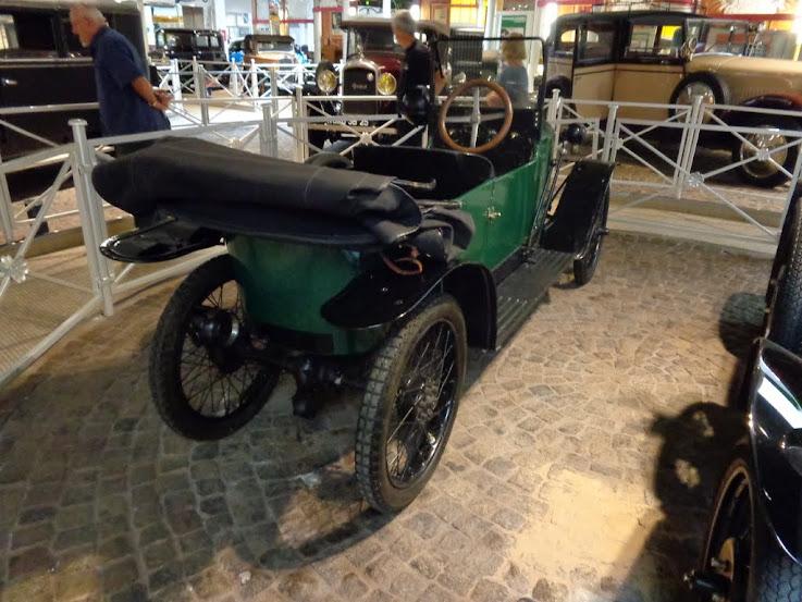 Musée de l'aventure Peugeot à Sochaux DSC01185