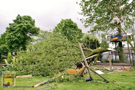 Noodweer zorgt voor ravage in Overloon 10-05-2012 (79).JPG
