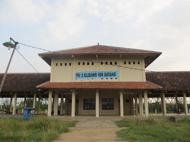 Tempat Pelelangan ikan (TPI) 3