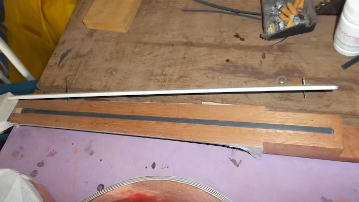 Construção inspirada Les Paul Custom, meu 1º projeto com braço colado (finalizado e com áudio) - Página 5 DSCF1499