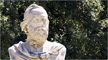 Sizilien - Palermo - Die Statue Giuseppe Garibaldis im Giardino Garibaldi
