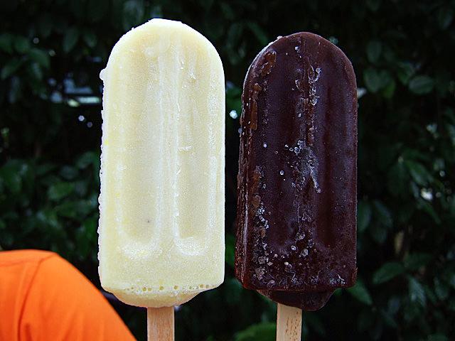 Lemon olive oil and banana dark chocolate ice-cream