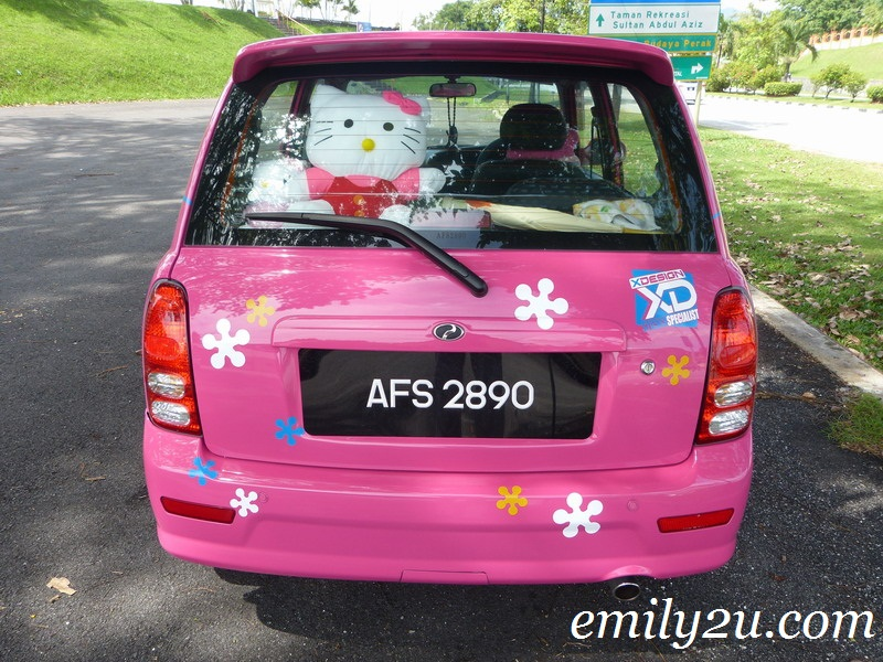 Pink Hello Kitty Car