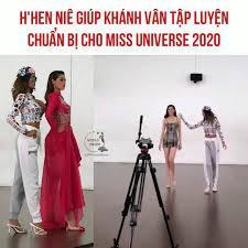 World Press - H'Hen Niê tập luyện catwalk cho Khánh Vân chuẩn bị chinh  chiến Miss Universe 2020 | Facebook