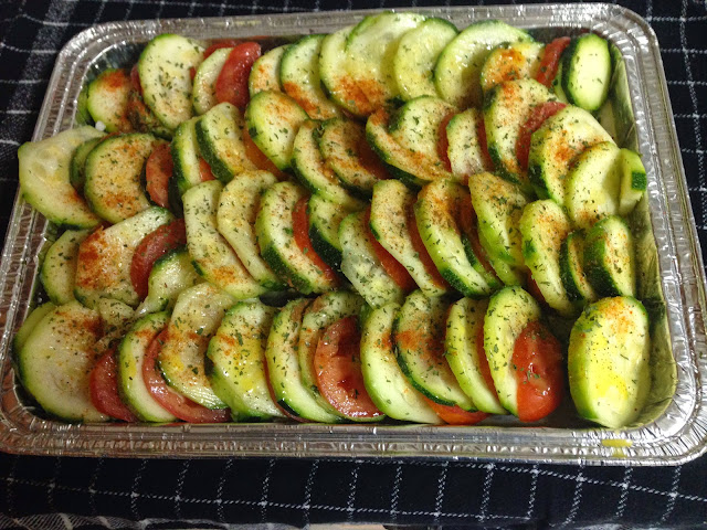 Home Cooking: Oven-baked Zucchini and Tomatoes