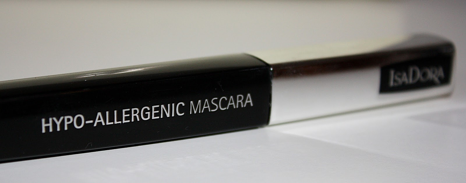 4bb5be8e41a Agnes Beauty Corner: Review of IsaDora Hypo-allergenic Mascara