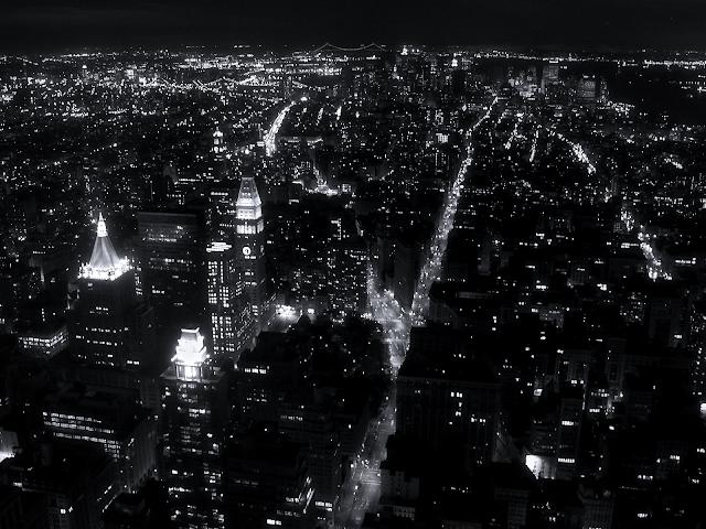 black and white city wallpaper