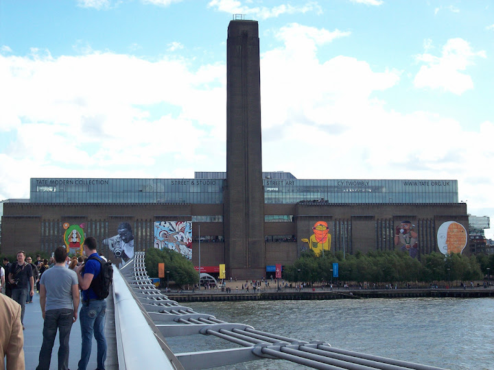 Tate Modern, Millenium Bridge