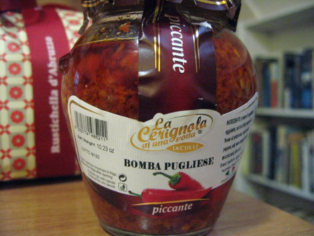 A spicy spread called Bomba Pugliese!