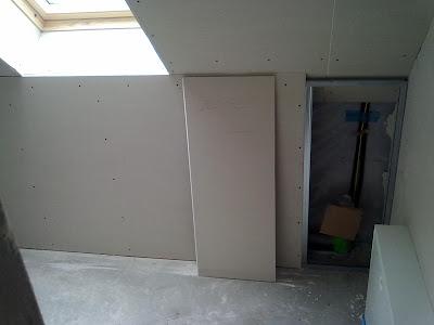wir bauen ein haus februar m rz 2011 trockenbau gasanschluss und erste fliesen. Black Bedroom Furniture Sets. Home Design Ideas
