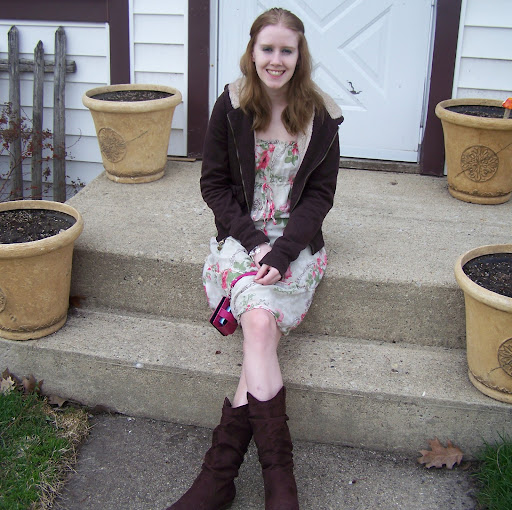 Katelyn Winter Photo 6