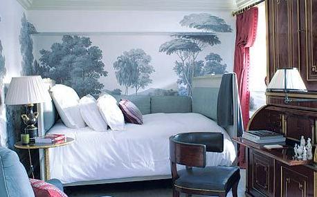 Michael smith michelle obama white house interior designer for Mural room white house