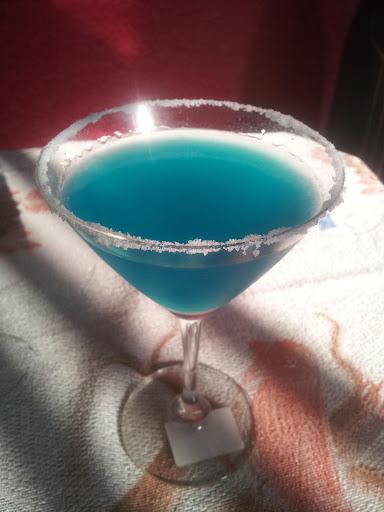 ब्लु गोवन हेवन - काजु फेणी