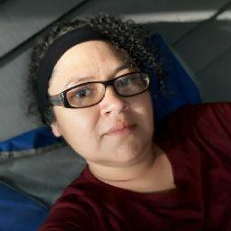 Ivette Flores Photo 12