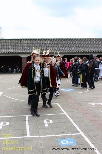 Carnavalsoptocht  Josefschool overloon 28-02-2014 (1).JPG