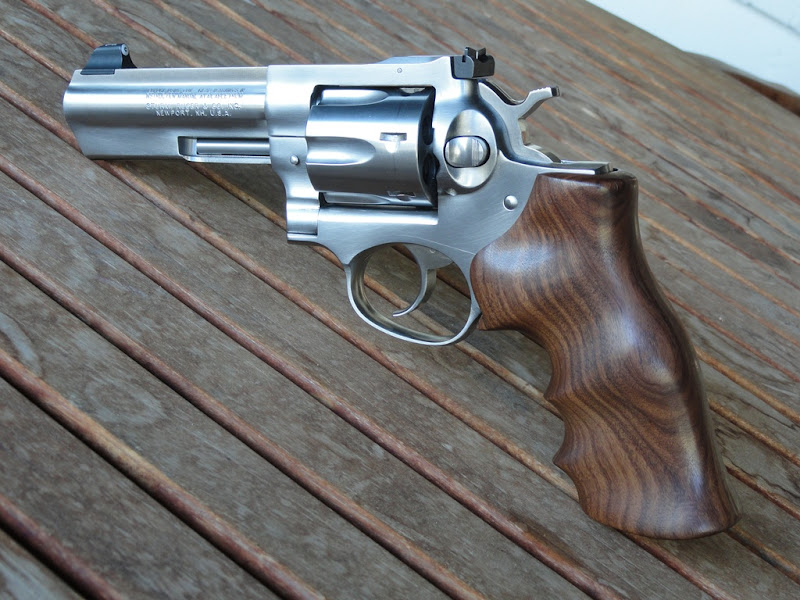 Hogue wood grips, opinions please - Ruger Forum