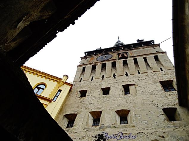 turnul cu ceas sighisoara