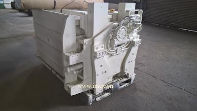 Pallet Inverter system on Forklift