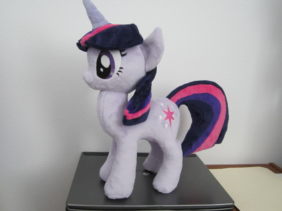 Equestria Daily - MLP Stuff!: Plushie Compilation #82   900 x 675 png 460kB
