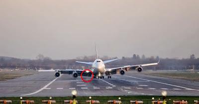 Avião Boeing 747 Perde Trem De Aterragem E Passageiros Temem O Pior, Mas O Que Este Piloto Fez...!!