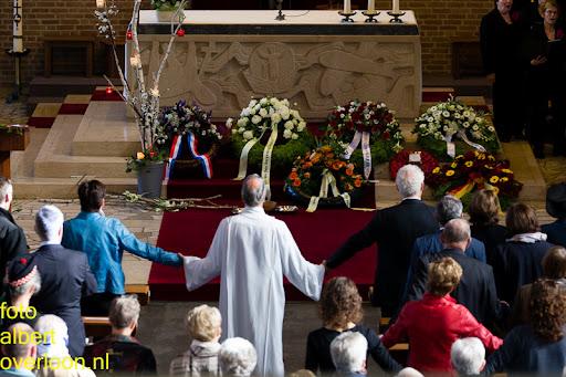herdenkingsdienst  en een stille tocht naar het Engelse kerkhof 12-10-2014 (34).jpg