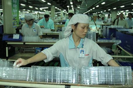 Đơn hàng sản xuất nhựa cần 9 nữ làm việc tại Aichi Nhật Bản tháng 07/2017