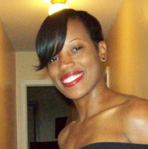 Nina Johnson Photo 39